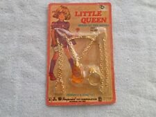 VINTAGE 1975 LITTLE QUEEN PENDANT & RING SET - NIP - JULY / RUBY - IMPERIAL TOY