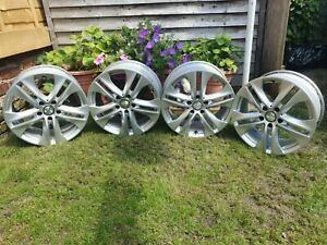 Mercedes-Benz E350 17inch Alloys X 4. Includes all wheel nuts and remover.