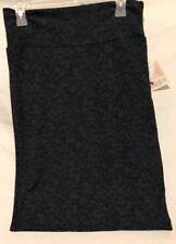 Lularoe Cassie Skirt. Dark Green/Leaf Pattern. Size Medium. NWT. Charity Sale.
