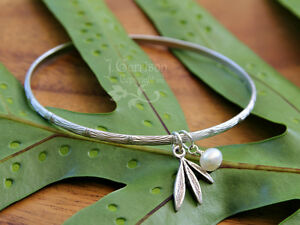 Matte silver bamboo bangle bracelet w/ freshwater pearl & leaf charms - size M