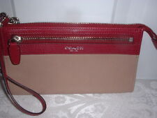 NWT Coach Legacy Two Tone Zippy Leather  Wallet Wristlet  50039