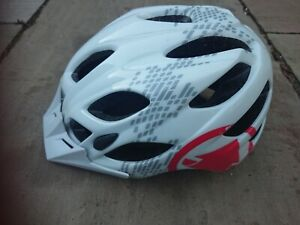 Endura Hummvee Helmet Used Size Medium 55-59cm.