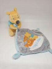 Doudou Winnie mouchoir bleu gris Tigrou Hugs & Wishes Disney Nicotoy étoile NEUF