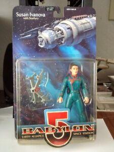 Babylon 5 Ivanova Whites Guide Exclusive Blue Uniform Variant Figure w/Starfury