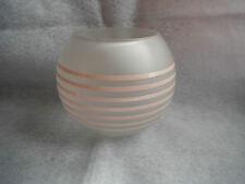 Ancien vase boule art déco en verre dépoli et émail rose
