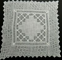 """Tenerife Needle & Drawn Lace Linen Hanky 11"""" Extremely Delicate Handwork VINTAGE"""