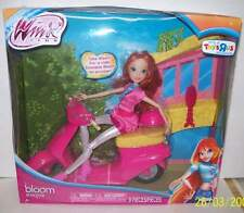 Winx Club Toys R Us Exclusive BLOOM DOLL & SCOOTER Features 9 PIECES BRAND NEW