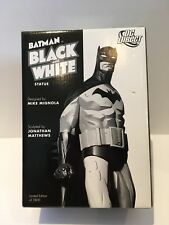 Batman Black and White Statue Mike Mignola First Edition 0040/3800 Nice