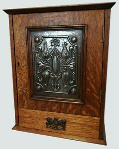 Arts and Crafts Antique Pipe Smokers Cabinet Box
