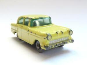 VINTAGE 1950's MATCHBOX LESNEY No 45a VAUXHALL VICTOR DIECAST PASSENGER CAR