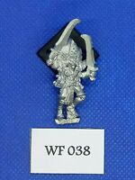 *Warhammer Fantasy - Dark Elves - Classic Witch - Metal WF38