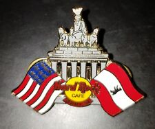 Hard Rock Cafe pin 2001 Berlin Brandenburg Gate Berlin-State and US Flag