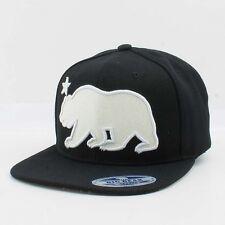 Big Bear California Angry bear snapback Cali Black and white glitter Hats
