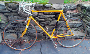 RALEIGH RECORD - COMPLETE VINTAGE BIKE - yellow Made in England