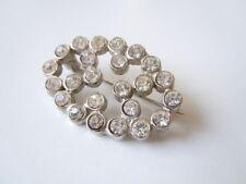 Silberfarbene Modeschmuck Brosche mit klaren Strass Steinen 7,0 g/3,2 x 2,2 cm