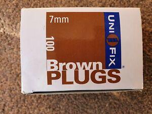 Uni Fix Brown Wall plugs