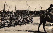 CPM PARIS Les Fetes de la Victoire 1919 Drapeaux d'infanterie (218817)