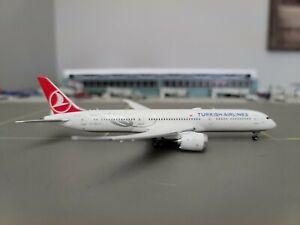 Turkish Airlines B787-9 Reg: TC-LLA Flaps Down JC Wings 1:400 Diecast model.