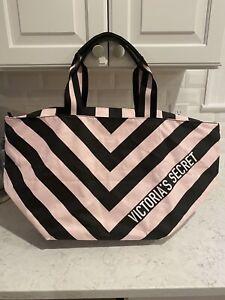 victorias secret Weekender bag new