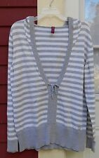 """GITANO Gray/White Long Sleeved Hooded Pullover Sweater Size 14/16W (44"""") EUC"""