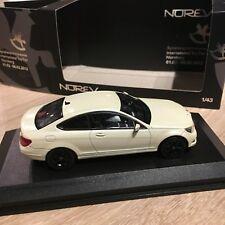 Mercedes-Benz C-Klasse coupé Norev 1/43 modèle spécial Toy Fair Nurnberg 2012