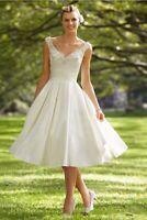 kurzes Standesamt Brautkleid Hochzeitskleid Kleid Braut Babycat collection BC751