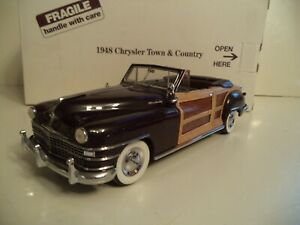 DANBURY MINT CHRYSLER TOWN AND COUNTRY   CONVERTIBLE   1948     IN  BOX