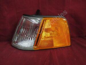 NOS OEM Honda Civic 4-Door Sedan Turn Signal Park Lamp w/o bulbs 1990 - 91 Left