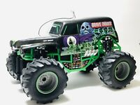 New Bright 1:10 RC Monster Jam Grave Digger Truck. No remote. Untested