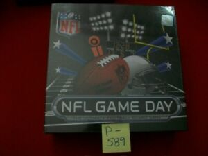 BRAND NEW SEALED NFL GAME DAY ULTIMATE FOOTBALL BOARD GAME  AGES 9+ 2-4 PLAYERS