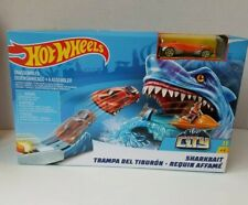 Hot Wheels Sharkbait Race Track Play Set Car Included Brand New