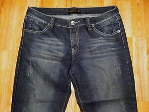CHINESE LAUNDRY DISTRESSED CROP BLUE JEANS WOMEN'S SIZE 31 - GREAT!