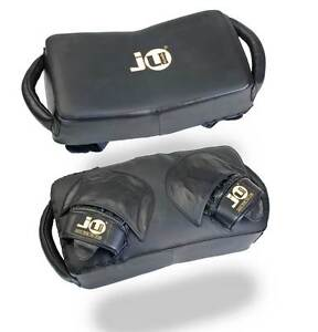 Ju-Sports- Technical Pad, Kick-Punchpolster. 44x24x12 cm. Muay Thai. Training.