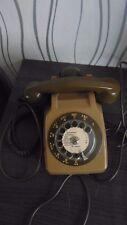ancien téléphone socotel kaki a cadran