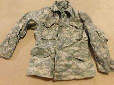 US ARMY ACU  COLD WEATHER  FIELD JACKET COAT  SZ MEDIUM - REGULAR