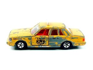 TOMICA / #28 #55 1:65 Toyota Crown Taxi (Yellow) / Play-wear, no packaging.
