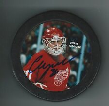 Chris Osgood Signed Detroit Red Wings Photo Puck