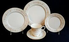 DINNER SERVICE FOR 8 GORHAM CHINA BUTTERCUP PATTERN IVORY, OLDER MULTIFLORAL