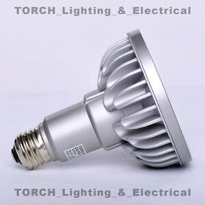 LED - SORAA VIVID PAR30 00779 SP30L-18-09D-930-03 18.5W 3000k 9° Lamp Light Bulb