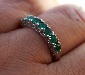 s R302 Genuine 18K White Gold Natural Emerald 7-stone Half- Eternity Ring size N
