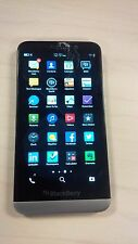 Blackberry Z30 Telus STA100-5 - Cracked Screen