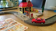 Tomy Tomica or Thomas Roadways McDonalds Resturant USED a very RARE set