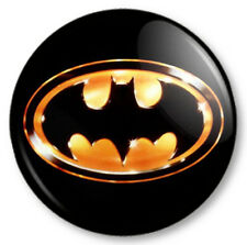 Batman (1) 25mm Pin Button Badge Superhero DC Comics Bruce Wayne Gotham Symbol