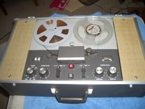 Ampex 1270 Stereo Reel to Reel Built in Amplifier Sounds Great Records Great