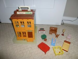 Vintage Fisher Price 938 Sesame Street Play Family House + Misc. Furniture