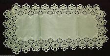 Rechteckige Tischdecken mit Bestickung aus 100% Polyester