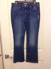"""NWT Apt. 9 Medium Wash Jeans Petite Size 10P 27"""" Inseam Boot Cut"""