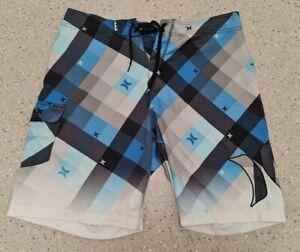 Hurley Men's Board Shorts Size 30 U sed