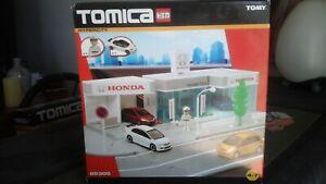 Tomy tomica Hypercity 85305 Honda Dealership rare! brand new ec