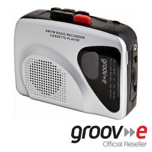 GROOV-E RETRO PERSONAL CASSETTE PLAYER & RECORDER W/ EARPHONES - SILVER GVPS525